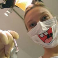 funny-surgical-mask-by-dentist