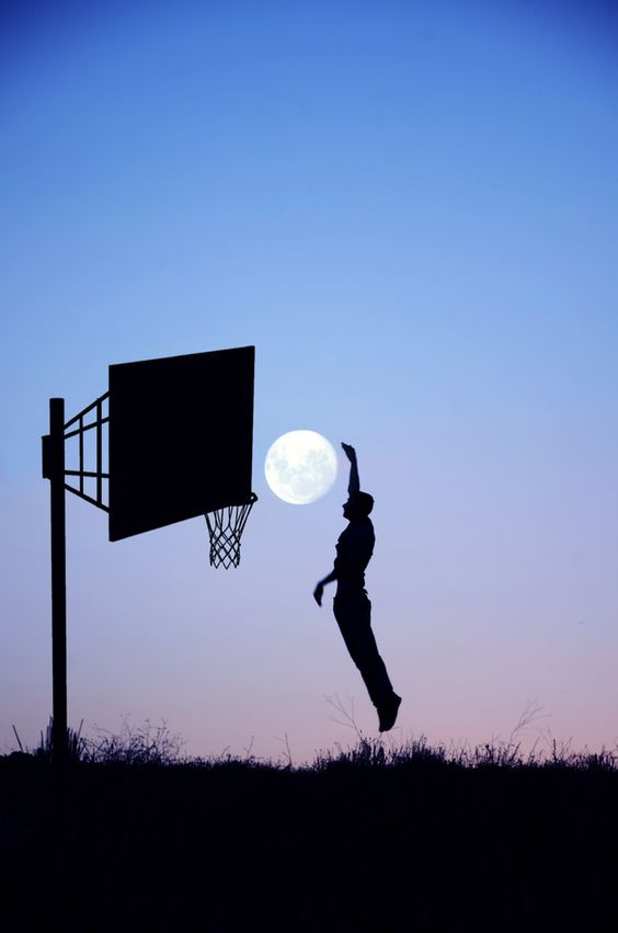 basketball moon