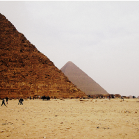 The pyramids for peanuts: last minute holidays to Egypt
