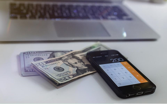 5 Hacker Tips to Getting Out of Debt Fast; Even on a Low Income!